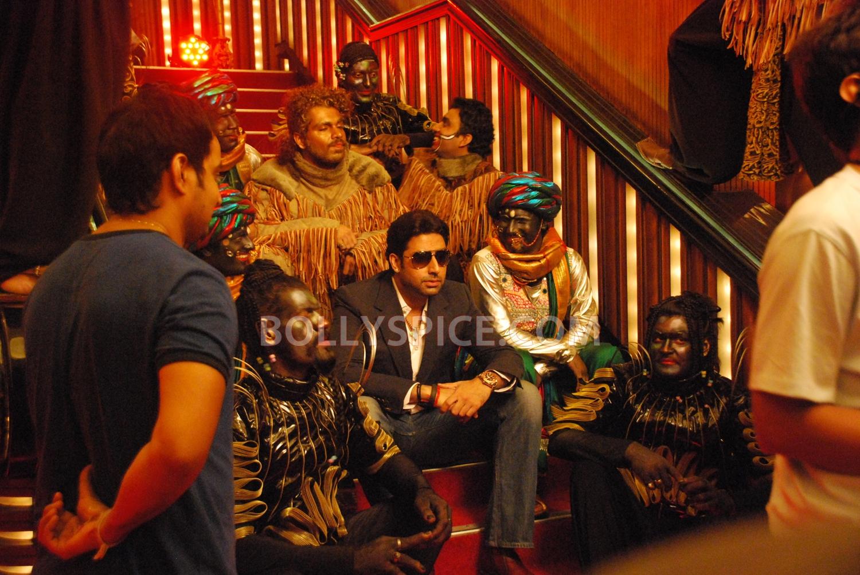 12aug abhishek nautankisaala01 Abhishek Bachchan calls Ayushmann 'Nautanki Saala'