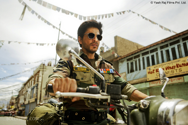 SRK in Ladakh2 1 copy First Look: Shah Rukh Khans Samar in Yash Chopras Romance on location in Ladakh