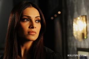 12sep Bipasha Raaz3intrvw04 300x200 Bipasha Basu: Shanaya of Raaz 3 has been the most challenging role I have done