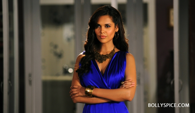12sep Esha Raaz3intrvw02 Esha Gupta talks Raaz 3!