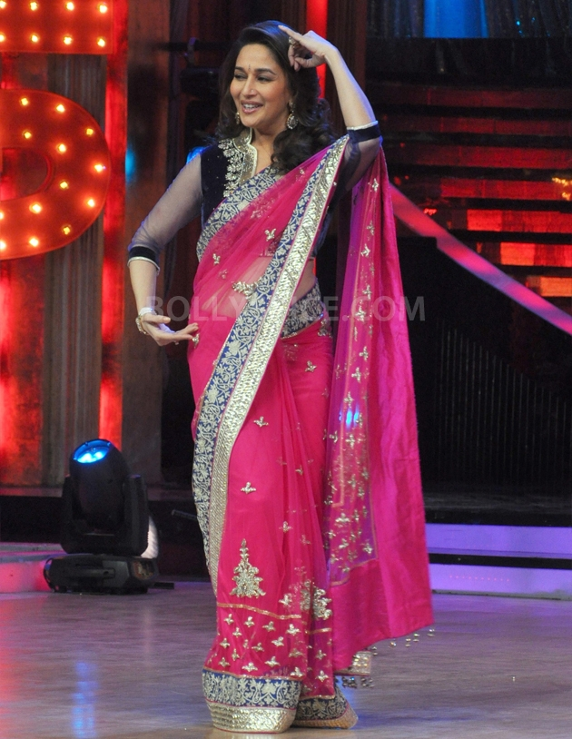 12sep Madhuri Sridevi Jhalak05 Chandni meets Dhak Dhak girl on the sets of Jhalak Dhikhla Jaa