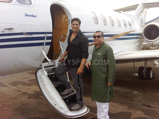 12sep OMGpromoAhmedabad01 Akshay Kumar & Paresh Rawal promote OMG Oh My God on Comedy Circus & in Nagpur, Ahmedabad & Jaipur