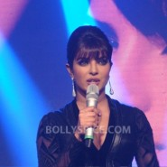 12sep PriyankaInMyCityLaunch08 185x185 Special Report: Priyanka Launches Her First Single! *Update Full Song Added!