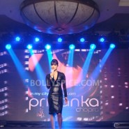 12sep PriyankaInMyCityLaunch25 185x185 Special Report: Priyanka Launches Her First Single! *Update Full Song Added!