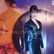 12sep PriyankaInMyCityLaunch30 185x185 Special Report: Priyanka Launches Her First Single! *Update Full Song Added!