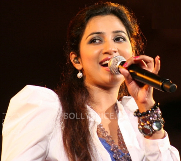 12sep ShreyaGoshalNewJerseyConcert03 Shreya Ghoshal Live Concert   USA Tour 2012   New Jersey