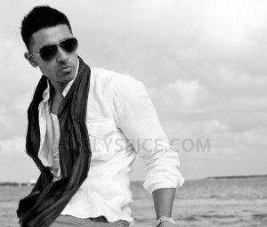 12sep jaysean latincharts1 300x255 Jay Sean becomes the first British male artist to reach the top spot on the Latin Billboard Charts