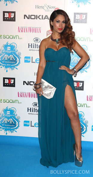 10oct preeya 02 Preeya Kalidas wins Best Female Artist at the Lebara Mobile Asian Music Awards 2012!