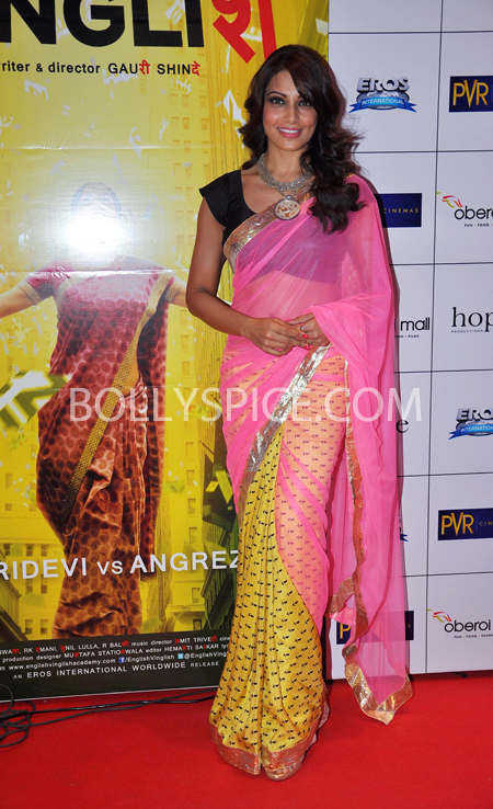 10oct whwnev bipasha Who's Hot Who's Not – English Vinglish Premiere