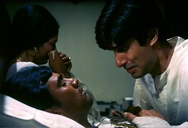 12oct Amitabh70BirthdayFilms01 Top 10 Amitabh Bachchan Films You MUST watch!