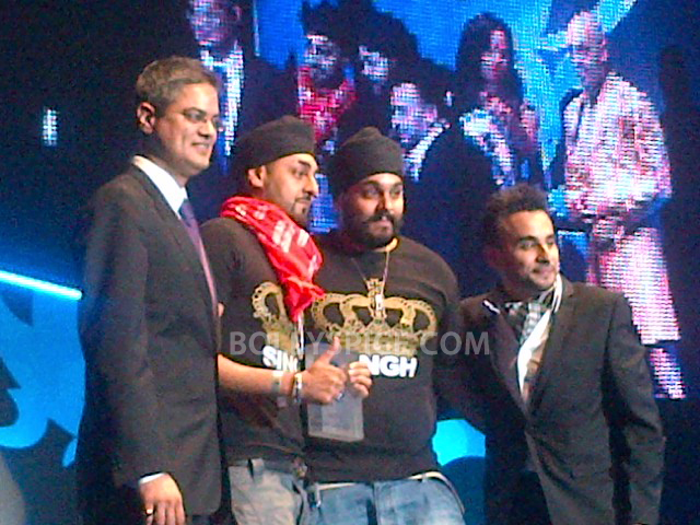 12oct BestDesiActAwardRDB01 RDB Win big at the Lebara UK Asian Music Awards!