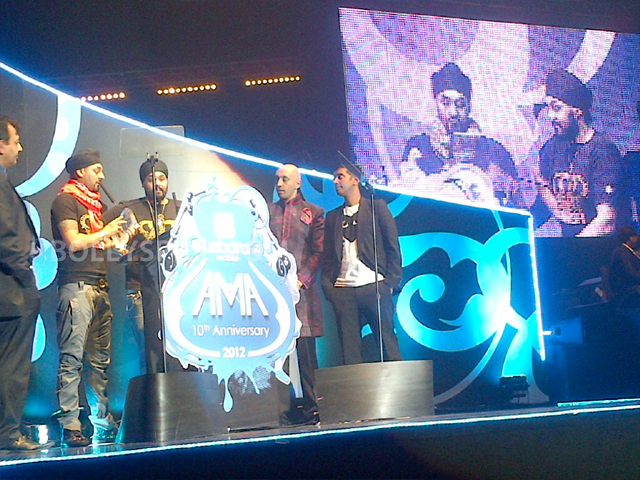 12oct BestDesiActAwardRDB02 RDB Win big at the Lebara UK Asian Music Awards!