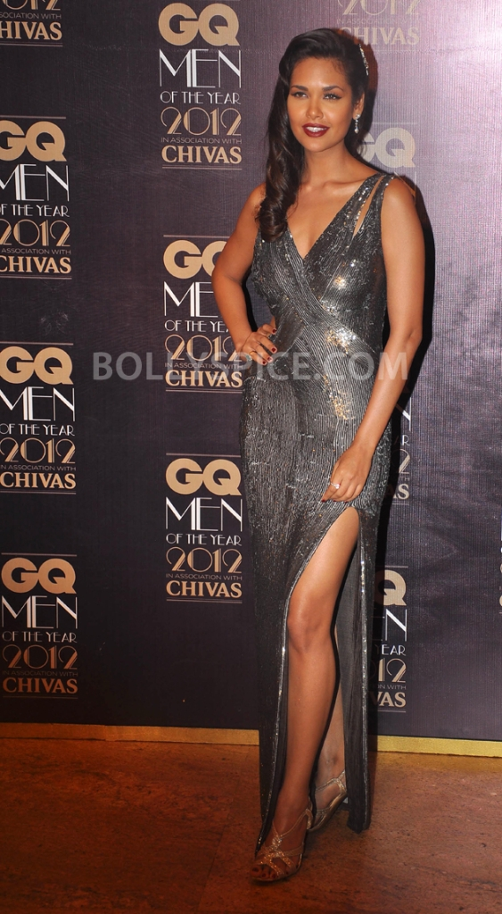 12oct GQAwards14 Whos Hot Whos Not: GQ Awards 2012   The Ladies!
