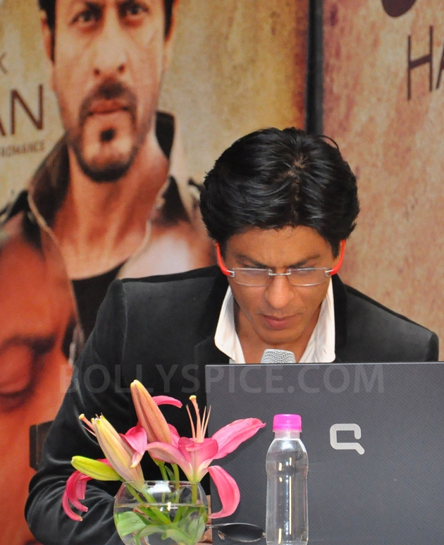 12oct JTHJ SaansSongLaunch09 IN PHOTOS: Jab Tak Hai Jaan Saans song launch event