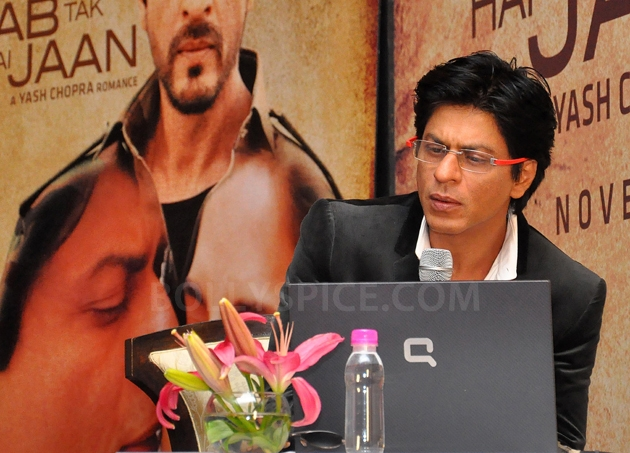12oct JTHJ SaansSongLaunch10 IN PHOTOS: Jab Tak Hai Jaan Saans song launch event