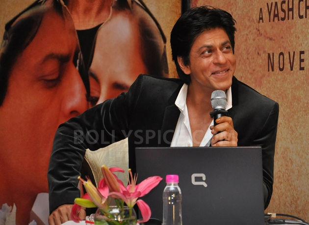 12oct JTHJ SaansSongLaunch13 IN PHOTOS: Jab Tak Hai Jaan Saans song launch event