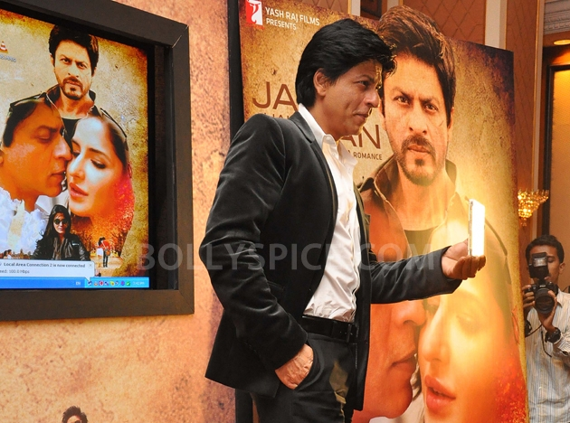 12oct JTHJ SaansSongLaunch29 IN PHOTOS: Jab Tak Hai Jaan Saans song launch event
