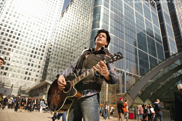 12oct JTHJ stills11 Exclusive stills and wallpapers from Jab Tak Hai Jaan!