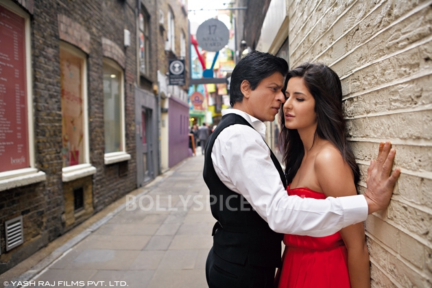 12oct JTHJ stills15 Exclusive stills and wallpapers from Jab Tak Hai Jaan!