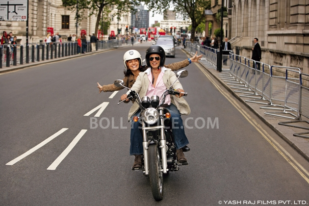 12oct JTHJ stills16 Exclusive stills and wallpapers from Jab Tak Hai Jaan!