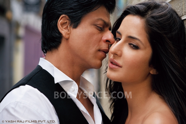 12oct JTHJ stills17 Exclusive stills and wallpapers from Jab Tak Hai Jaan!