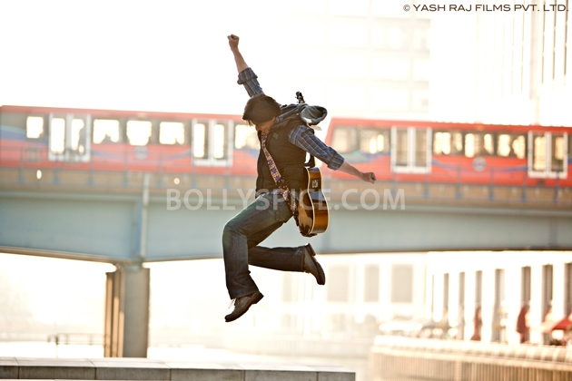 12oct JTHJ stills21 Exclusive stills and wallpapers from Jab Tak Hai Jaan!