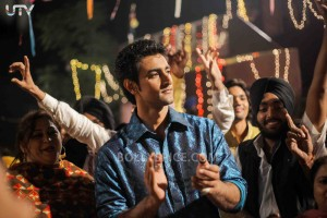 12oct LSTCK KunalKapoor01 300x200 Kunal Kapoor: Luv Shuv Tey Chicken Khurana is a heart warming tale with a lot of humor