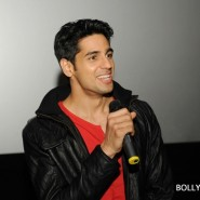 12oct SOTYteamLondon52 185x185 Student of the Year Cast and KJo Thrill Fans at Cineworld Feltham in London