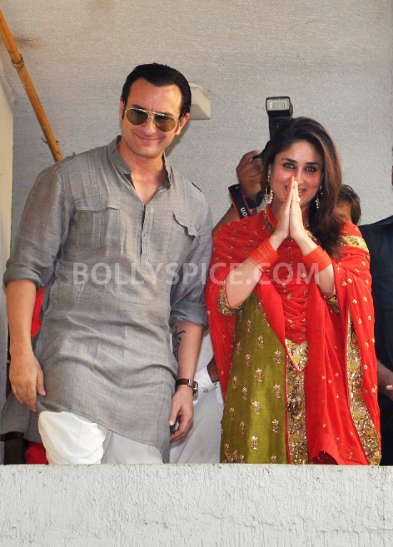 12oct SaifKareenaCourtWedding07 In Photos: Saif and Kareena Wedding: The Registered Marriage