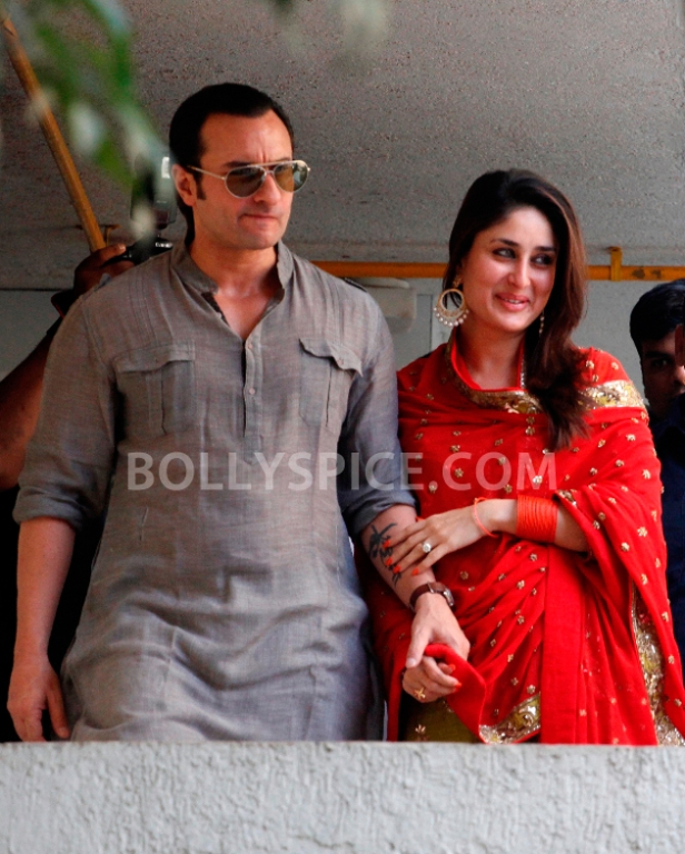 12oct SaifKareenaCourtWedding19 In Photos: Saif and Kareena Wedding: The Registered Marriage