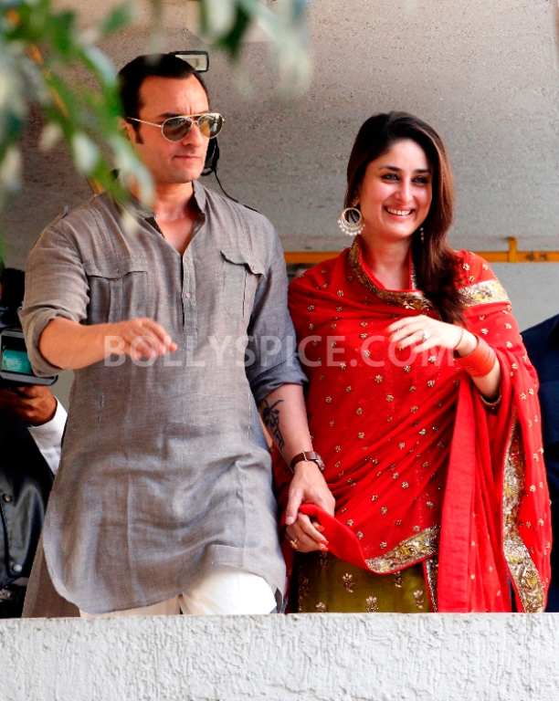 12oct SaifKareenaCourtWedding20 In Photos: Saif and Kareena Wedding: The Registered Marriage