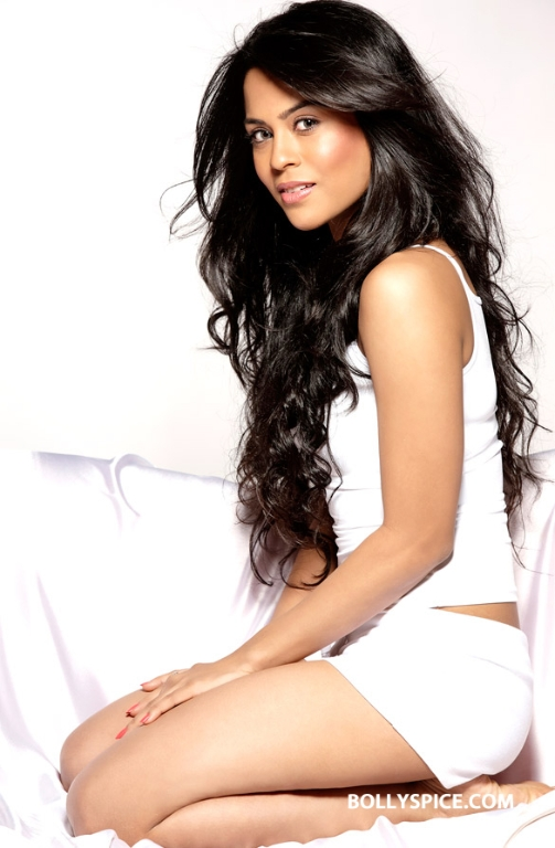 "12oct SanaSaeedIntrvw01 ""I didn't consider film as career option until four years ago""   Sana Saeed"