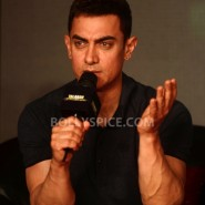 "12oct TalaashMusicRelease29 185x185 Aamir Khan: ""My experience of working with Reema was fantastic"""