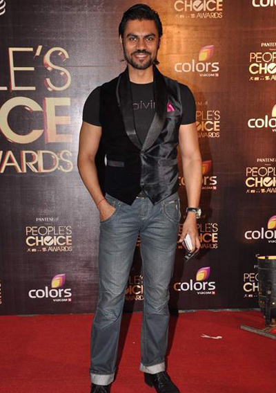 11nov whwnpplchoice gaurav Whos Hot Whos Not   People's Choice Awards