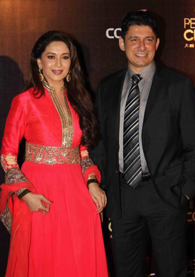 11nov whwnpplchoice madhuri Whos Hot Whos Not   People's Choice Awards