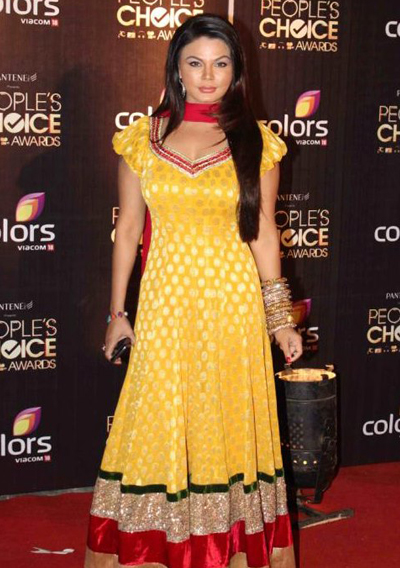 11nov whwnpplchoice rakhi Whos Hot Whos Not   People's Choice Awards