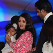 12nov Aishwarya Abhishek Aaradhya Amitabh FrenchGovtAward40 185x185 IN PHOTOS: Aishwarya Rai Bachchan receives award from the French government plus cutie Aaradhya