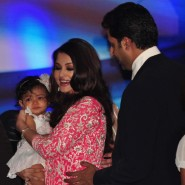 12nov Aishwarya Abhishek Aaradhya Amitabh FrenchGovtAward41 185x185 IN PHOTOS: Aishwarya Rai Bachchan receives award from the French government plus cutie Aaradhya