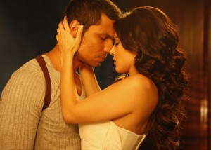 12nov Bollywood Romance06 300x214 Has Bollywood lost its love appeal?