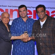 12nov Cinemascapes19 185x185 Barfi and Zindagi Na Milegi Dobara wins award as the best film shot at Cinemascapes