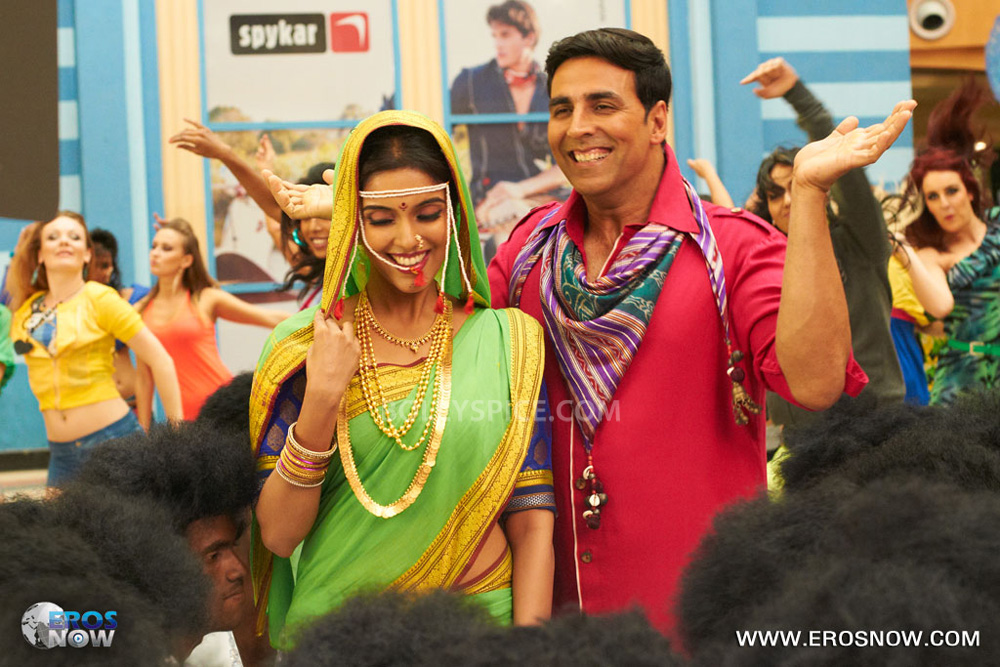 12nov Khiladi786song05 Khiladi 786 presents the Lonely Song Remix