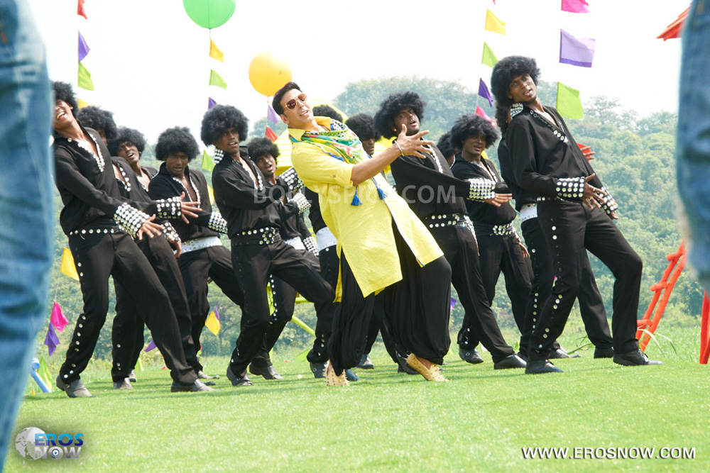 12nov Khiladi786song11 Khiladi 786 presents the Lonely Song Remix