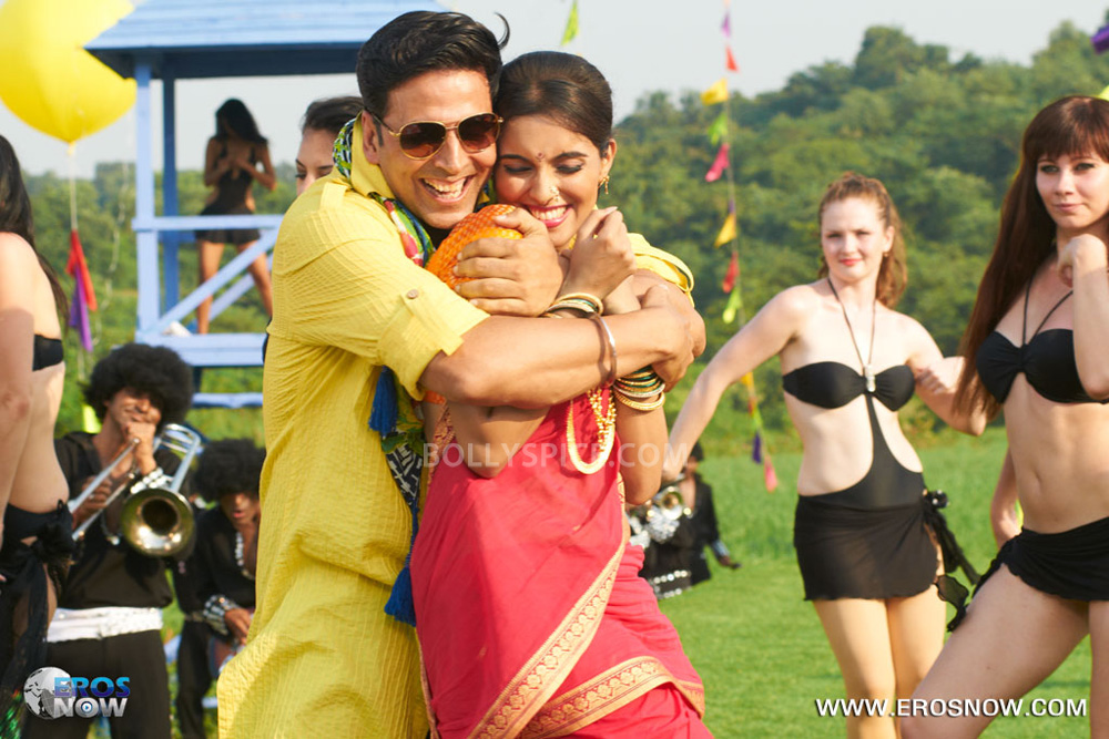 12nov Khiladi786song14 Khiladi 786 presents the Lonely Song Remix