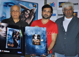 12nov Raaz3DVDlaunch 300x219 Raaz 3 DVD review