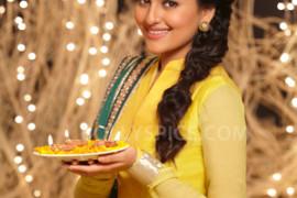 12nov_Sonakshi-SOS-Diwali01