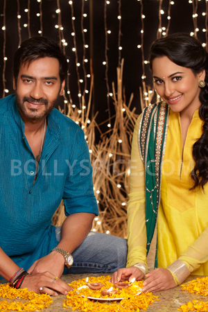 12nov Sonakshi SOS Diwali021 Sonakshi Sinha: I laughed out loud when I first heard the script of Son Of Sardaar