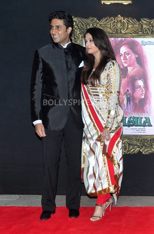 12nov WHWN JTHJPremiere19 Who's Hot Who's Not – Jab Tak Hai Jaan Premiere