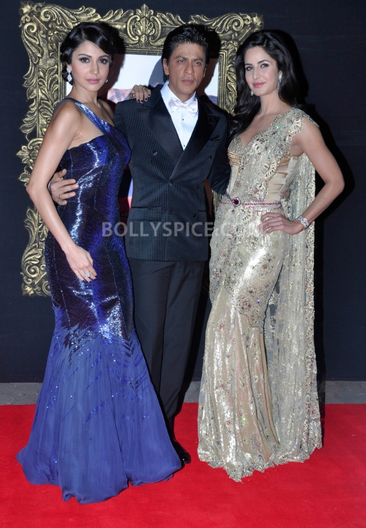 12nov WHWN JTHJPremiere20 Who's Hot Who's Not – Jab Tak Hai Jaan Premiere