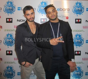 12oct ImranKhanLAMA01 300x270 Imran Khan chats to Bollyspice.com at The Lebara Mobile Asian Music Awards 2012!