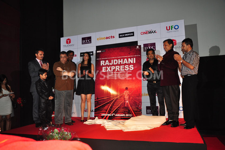 12dec 1stlooklaunch RajdhaniExpress07 First look launch of Rajdhani Express   Point Blank Justice